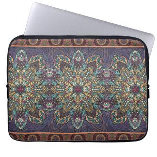 Motif floral ethnique abstrait coloré de mandala housse pour ordinateur portable