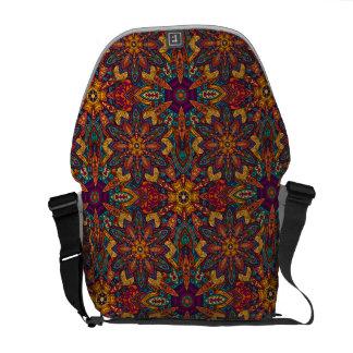 Motif floral ethnique abstrait coloré de mandala sacoches