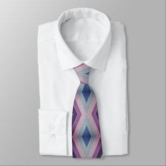 Motif géométrique audacieux dans mauve et bleu cravates