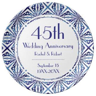 Motif géométrique bleu et de blanc assiettes en porcelaine