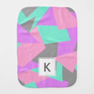 motif géométrique coloré de bloc élégant de linge de bébé
