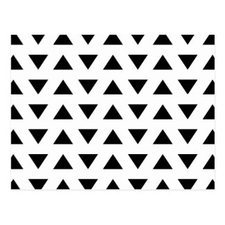 Motif géométrique noir et blanc des triangles carte postale