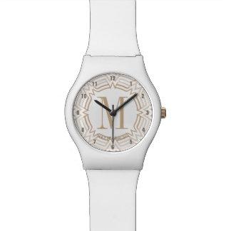 Motif grec de femme de merveille montre