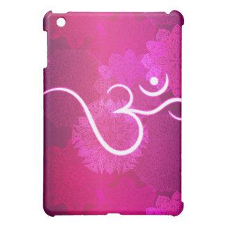 Motif indien d'ornement avec le symbole d'ohm coques iPad mini
