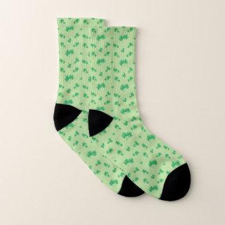 Motif irlandais vert de shamrock de gradient