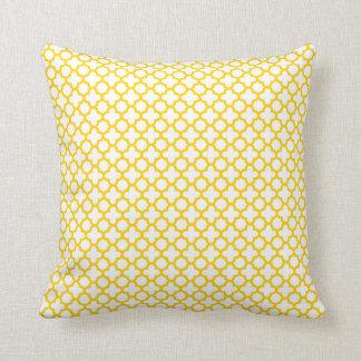 Motif jaune de Quatrefoil Oreillers