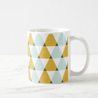 Motif jaune en bon état géométrique moderne de mug