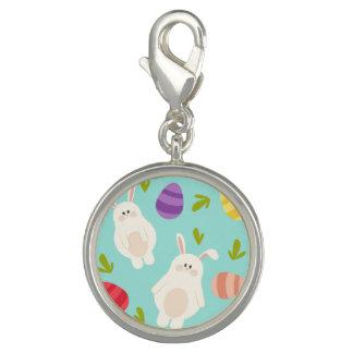 Motif lunatique vintage de turquoise de lapin et breloques