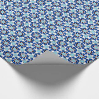 Motif marocain géométrique islamique dans le bleu papier cadeau