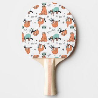 Motif mignon de paresse raquette tennis de table