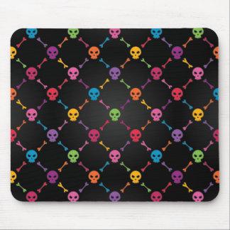 Motif multicolore avec des crânes tapis de souris