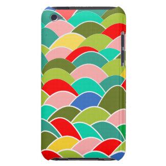 Motif multicolore d'échelle de poissons de courbes étuis iPod touch