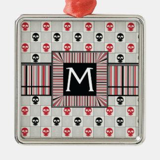 Motif noir et rouge de crânes avec l'initiale ornement carré argenté