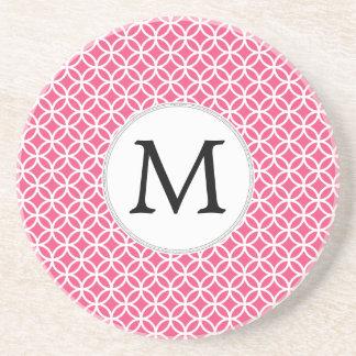 Motif personnalisé d'anneaux de rose de monogramme dessous de verres
