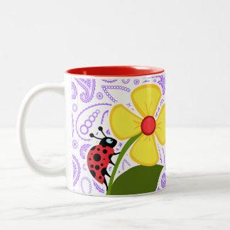 Motif pourpre de Paisley ; Coccinelle Mug
