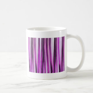 Motif rayé de Lavendar, d'iris et de raisin Mug