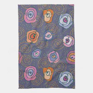 Motif rose de champ de résumé serviette pour les mains