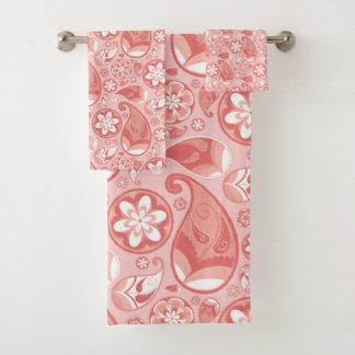 Motif rose et blanc de Paisley