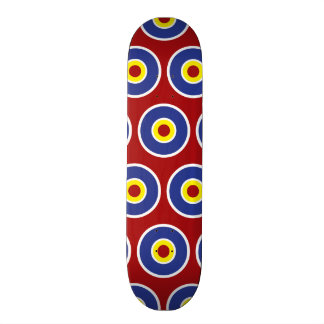 Motif rouge et bleu de boudine de cercles concentr plateaux de planche à roulettes