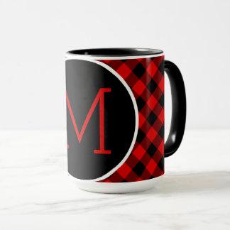 Motif rouge traditionnel de plaid de contrôle de mug