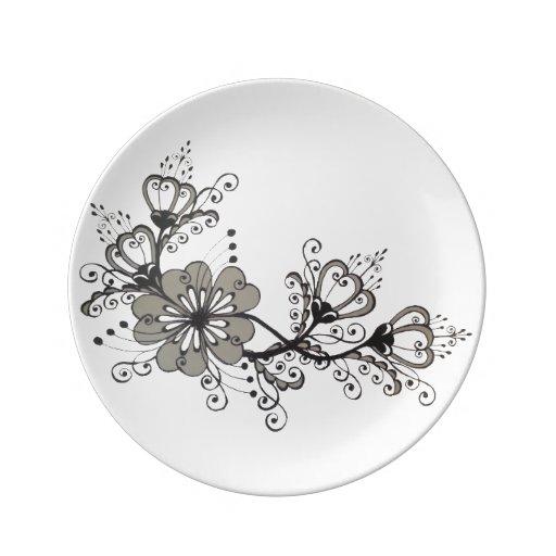 motif surr aliste folklorique de dessin noir assiettes en porcelaine. Black Bedroom Furniture Sets. Home Design Ideas