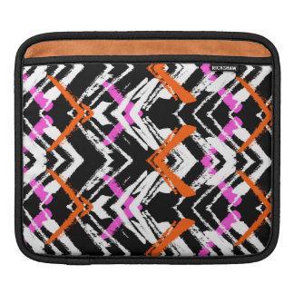 Motif tiré par la main noir, orange, et rose de poches iPad