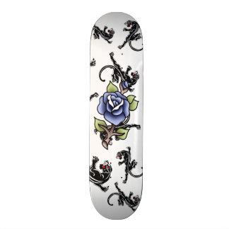 motif traditionnel de panthère noire de rose de skateboards personnalisés