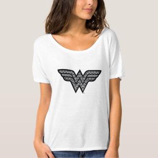 Motif tribal de femme de merveille t-shirt
