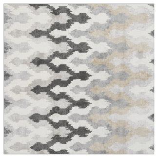Motif tribal d'ikat gris neutre frais de chevron tissu