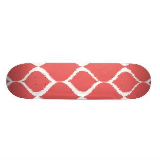 Motif tribal géométrique rose de corail skateboards personnalisés