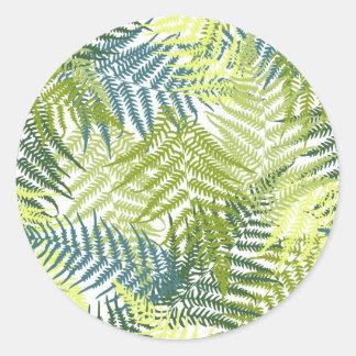 Motif vert de silhouette de feuille de fougère sticker rond
