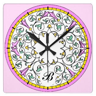 Motif victorien de rouleau de fleur rose vintage horloge carrée