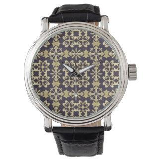Motif vintage de damassé d'art, d'or montre