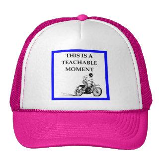 moto casquettes