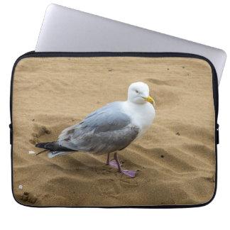 Mouette sur une douille d'ordinateur portable de housse ordinateur