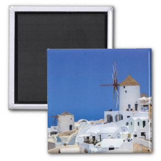 Moulin à vent à Oia, Santorini, Grèce Aimant