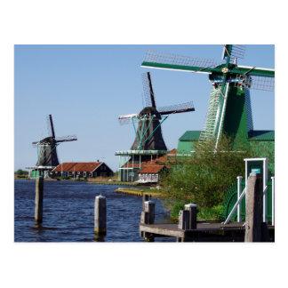 Moulins à vent néerlandais de Zaanse Schans dans Carte Postale