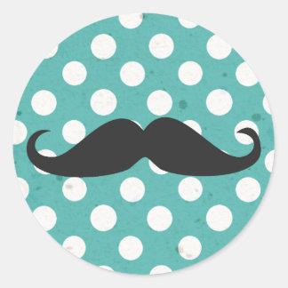 Moustache bleue et blanche de point de polka sticker rond