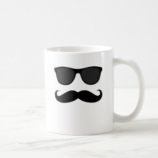 Moustache et cadeau noirs d'humeur de lunettes de  tasse