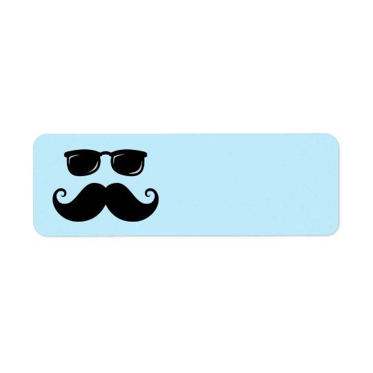 Moustache et visage drôles de lunettes de soleil étiquette d'adresse retour