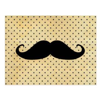 Moustache noire drôle sur le pois jaune vintage carte postale