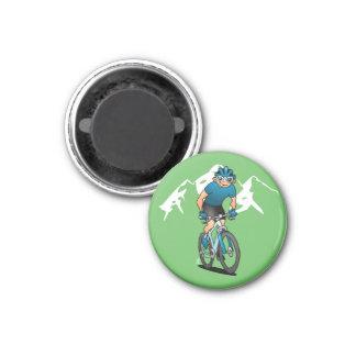 MTB - Cycliste de montagne dans les montagnes Aimant