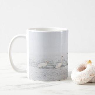 Mug 7 cygnes blancs un jour givré d'hiver