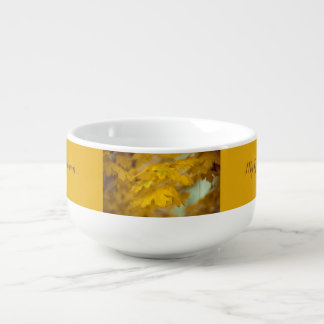 Mug À Soupe Feuille jaune d'érable d'automne. Ajoutez-vous