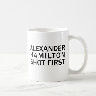 Mug Alexander Hamilton a tiré d'abord - le T-shirt