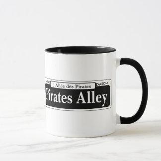 Mug Allée de pirates, plaque de rue de la