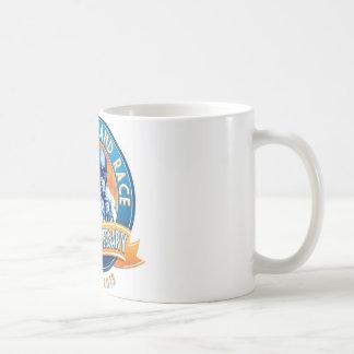 Mug Anniversaire d'épreuves sur route de couronne