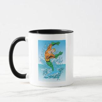 Mug Aquaman saute de la mer