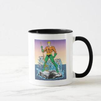 Mug Aquaman se tient avec la lance