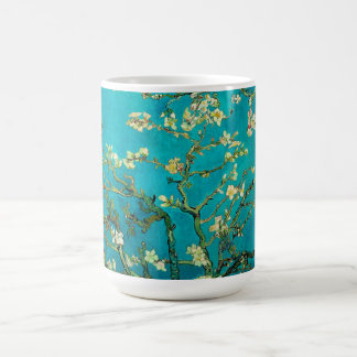 Mug Art floral se développant d'arbre d'amande de